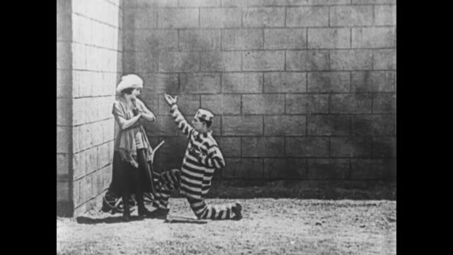 1920 convict (buster keaton) proposes to woman (sybil seely) - women prison stock videos & royalty-free footage