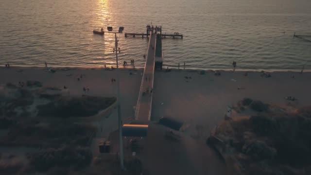 coogee beach jetty footage - western australia bildbanksvideor och videomaterial från bakom kulisserna