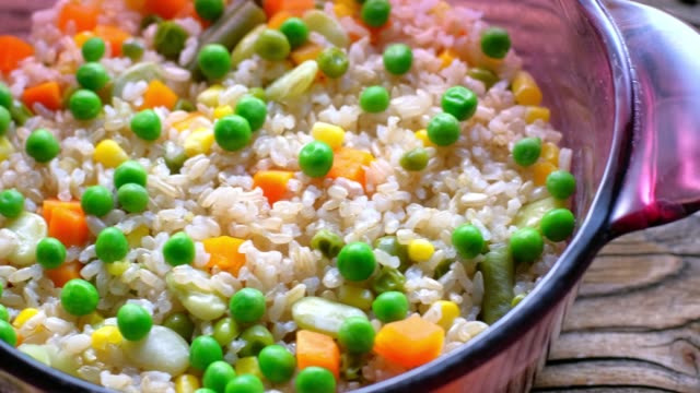 Cooked Brown Rice with Beans and Vegetables
