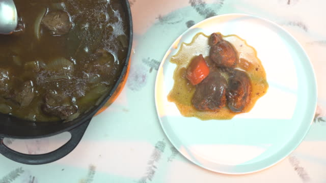 cooked pork cheeks - cast iron stock videos & royalty-free footage