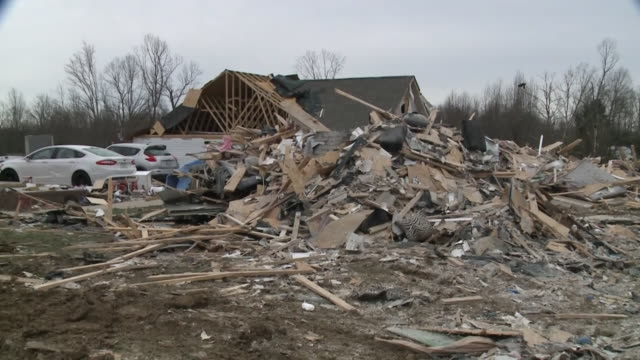 wreg cookeville tn us damaged houses and cars after tornado in cookeville on wednesday march 4 2020 - blowhole stock videos & royalty-free footage
