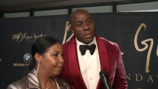 """cookie johnson and earvin """"magic"""" johnson on why it was important to support the ryan gordy foundation, what makes berry & smokey deserving of this... - マジック・ジョンソン点の映像素材/bロール"""