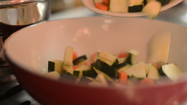 cooking courgettes - only mid adult women stock videos & royalty-free footage
