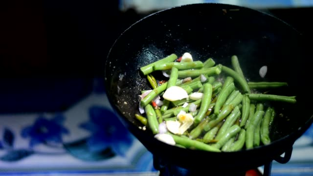 cooking stir fried vegetables - bean stock videos & royalty-free footage