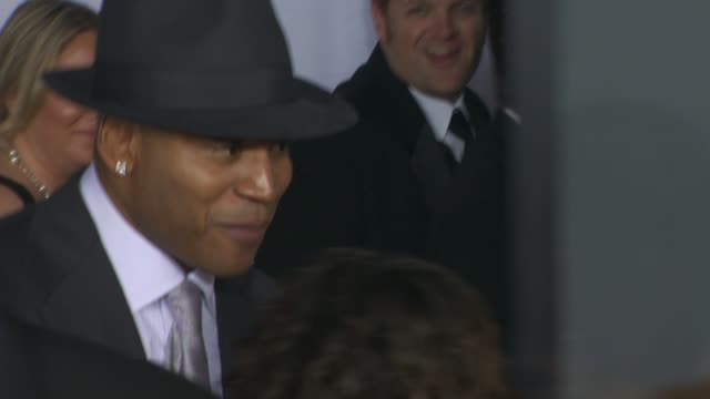 ll cool j at the 52nd annual grammy awards arrivals part 2 at los angeles ca - ll cool j stock videos and b-roll footage