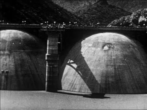 vídeos y material grabado en eventos de stock de coolidge dam on gila river / san carlos arizona / newsreel - 1926