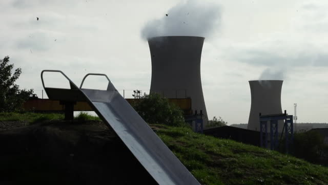 cooling towers in scunthorpe - power supply stock videos & royalty-free footage