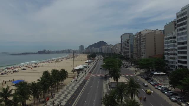 vidéos et rushes de copacabana, à rio de janeiro - palace