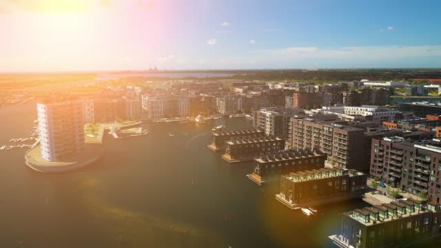 vídeos de stock e filmes b-roll de copenhagen from above - região de oresund