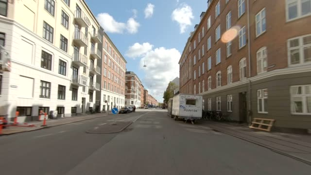 copenhagen nørrebro xi synced series front view driving process plate - car point of view stock videos & royalty-free footage