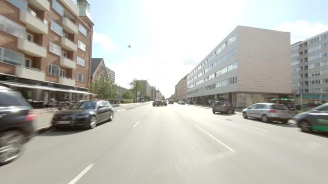 kopenhagen 'sterbro xiv synchronisierte serie rückansicht fahrprozessplatte - rear view stock-videos und b-roll-filmmaterial