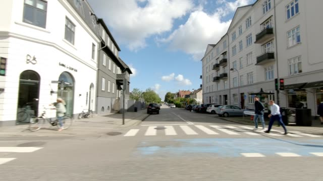 copenhagen strandvejen xvi synced series right view driving process plate - plate stock videos & royalty-free footage