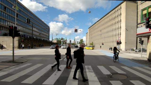 Frente de serie sincronizada de Copenhague XVII fondo de placa de estudio proceso de conducción