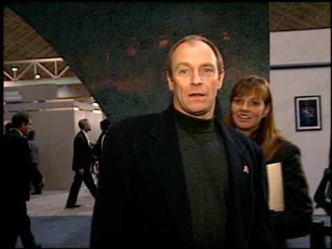 vídeos y material grabado en eventos de stock de corbin bernsen at the natpe on january 15 1997 - natpe