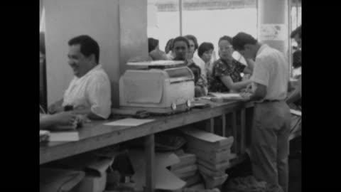 vídeos y material grabado en eventos de stock de clip taken from rushes. aeyz199p - hispanoamérica