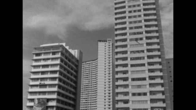 vídeos de stock e filmes b-roll de clip taken from rushes. aeyz199p - américa latina