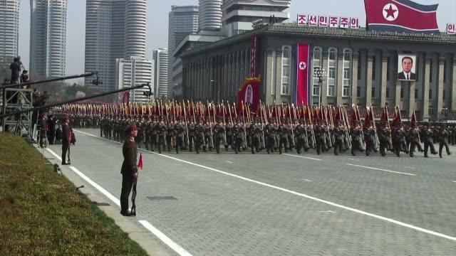vídeos de stock, filmes e b-roll de corea del norte celebro el centenario del nacimiento de su fundador kim ilsung pyongyang north korea - fundador