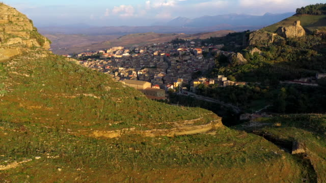 corleone village in sicily, italy - cliff dwelling stock videos & royalty-free footage