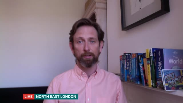 airlines and travel firms accused of breaking law by not issuing refunds for cancelled trips; england: ext david smith interview sot london: gir: int... - ニナ・ホサイン点の映像素材/bロール