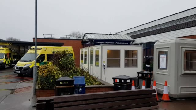 coronavirus assessment pods at chesterfield royal hospital, in chesterfield, derbyshire. the pods are part of the government's plans for the... - ダービーシャー点の映像素材/bロール