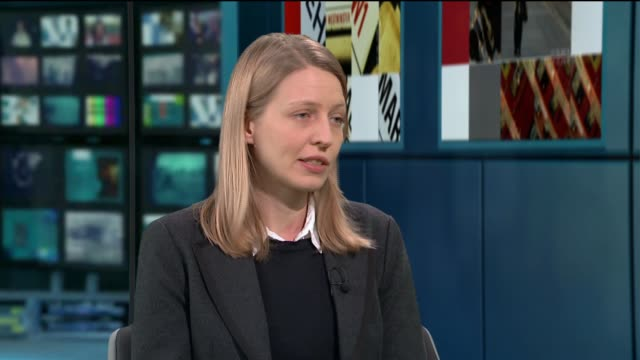 stockvideo's en b-roll-footage met authorities cut all transport links between wuhan and the outside world; england: london: gir: int dr rosalind eggo live studio interview sot - itv