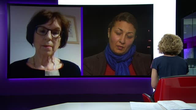 boris johnson announces stricter lockdown to prevent spread of covid19 england london int professor susan michie and magda osman live discussion sot... - キャシー・ニューマン点の映像素材/bロール