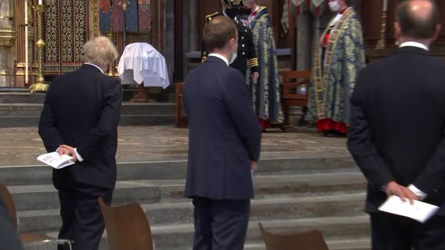 boris johnson attends commemoration at westminster abbey - alternate angle; england: london: westminster: westminster abbey: int boris johnson mp -... - zoom out stock videos & royalty-free footage
