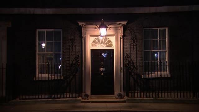 boris johnson taken out of intensive care as condition improves england london downing street number 10 door wide shot downing street windows with... - 状態点の映像素材/bロール
