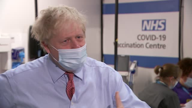 stockvideo's en b-roll-footage met boris johnson visits guys' and st thomas' hospital; england: london: guys' and st thomas' hospital: int boris johnson mp interview sot q: re.... - politics