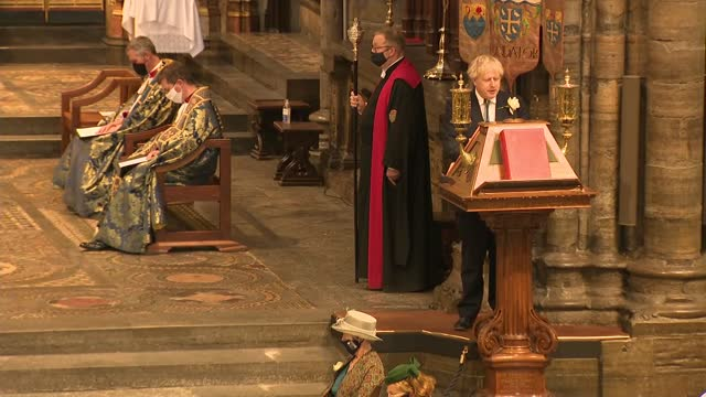 commemoration service at westminster abbey - alternate angle; england: london: westminster abbey: int boris johnson mp gives reading to commemoration... - イングランド南東部点の映像素材/bロール