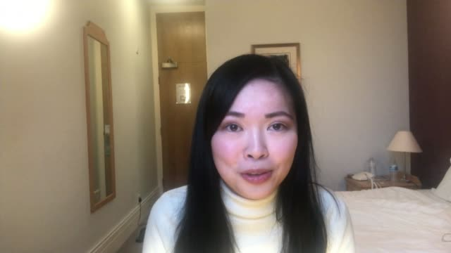 vídeos y material grabado en eventos de stock de daughter of britishchinese family quarantined on return from china as mother receives racist abuse england milton keynes int lavender au interview... - racismo