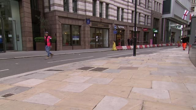 deserted city of london gvs and buildings; england: london: city of london / the city: ext gvs bank of england with few pedestrians outside past... - office stock videos & royalty-free footage