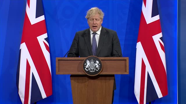 downing street press conference 20th april 2021; part 3 of 8 england: london: westminster: downing street: number 9: int nikki kanani statement sot.... - simply red点の映像素材/bロール