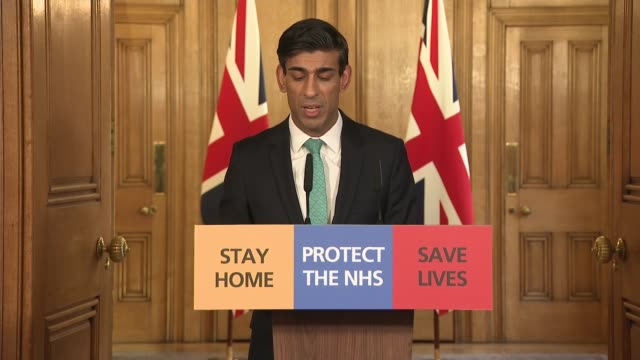 downing street press conference 26th march; england: london: westminster: downing street: int downing street press conference part 2 of 9 rishi sunak... - corporate theft stock videos & royalty-free footage