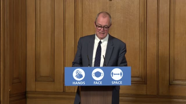 stockvideo's en b-roll-footage met downing street press conference october 16th; press conference 6 of 9 england: london: westminster: downing street: int boris johnson mp answering... - greater london