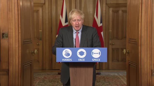 downing street press conference september 30th; england: london: westminster: downing street: int press conference part 1 of 9 professor chris whitty... - größter stock-videos und b-roll-filmmaterial