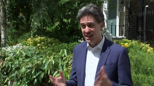 ed miliband interview on furlough scheme england london ext ed miliband mp interview sot the problem with the pm so often a big gap between his... - canyon stock videos & royalty-free footage