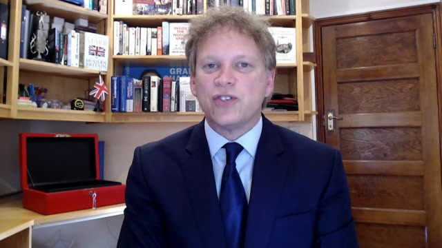 government announce airbridges with 73 countries and territories england int grant shapps mp interview via internet sot - politics stock-videos und b-roll-filmmaterial
