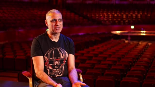 government announces rescue package for the arts england london royal albert hall int general views of empty royal albert hall nitin sawhney setup... - politics stock-videos und b-roll-filmmaterial