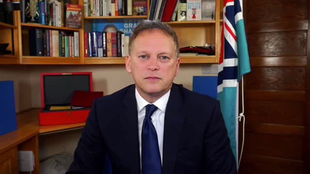 grant shapps interview; england: hertfordshire: int grant shapps mp interview via internet sot . - there a business of france going further they've... - particle stock videos & royalty-free footage