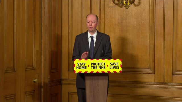 stockvideo's en b-roll-footage met infections may be levelling off / travel corridors closed to prevent entry of new strains of covid-19; england: london: westminster: downing street:... - new not politics