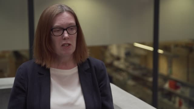 interviews and gvs from human vaccine trial in oxford; england: oxford: int professor sarah gilbert interview sot . - oxford england stock-videos und b-roll-filmmaterial