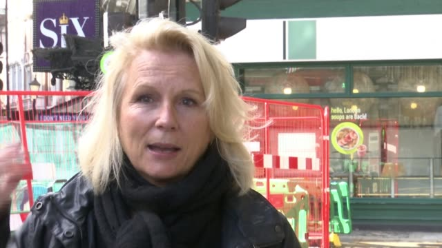 jennifer saunders joins actors and theatre staff to call on government to save theatre industry; england: london: shaftesbury avenue theatre: ext... - itv london lunchtime news stock videos & royalty-free footage
