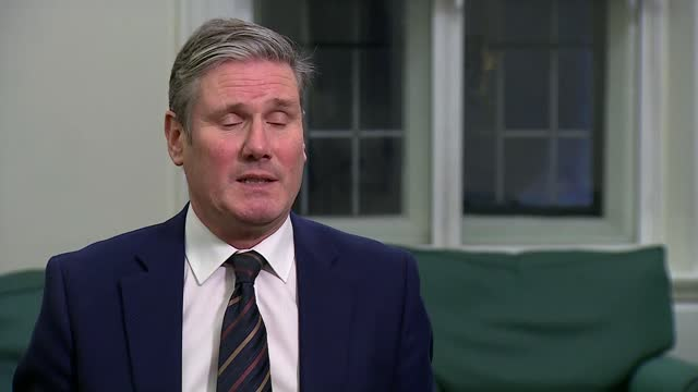vídeos y material grabado en eventos de stock de keir starmer interview; england: london: westminster: sir keir starmer mp interview sot - [q: on communications about vaccine] - it is an... - war and conflict