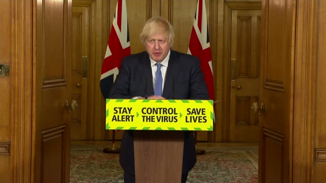 lockdown continues to ease despite warnings of outbreaks; england: london: downing street: number 10: int boris johnson mp press conference sot. -... - pressekonferenz stock-videos und b-roll-filmmaterial