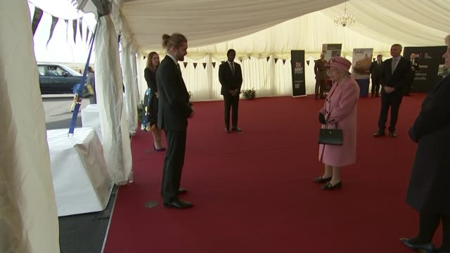 london, essex and york among areas to move up to 'high alert' tier 2 restrictions; england: wiltshire: porton down: int queen elizabeth ii speaking... - königin stock-videos und b-roll-filmmaterial