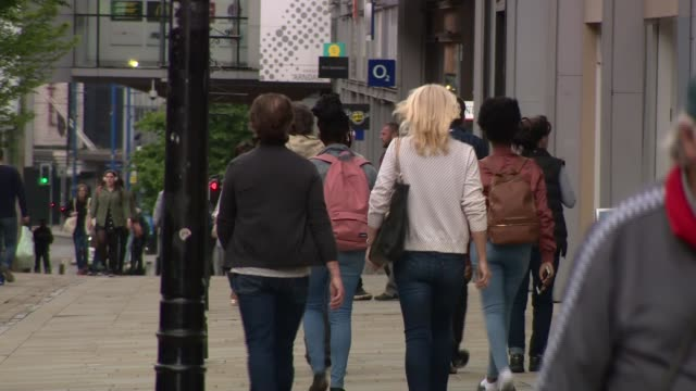 bosses warn government it is running out of time to implement test and trace policy; england: ext various of people along street women looking at... - contact tracing stock videos & royalty-free footage