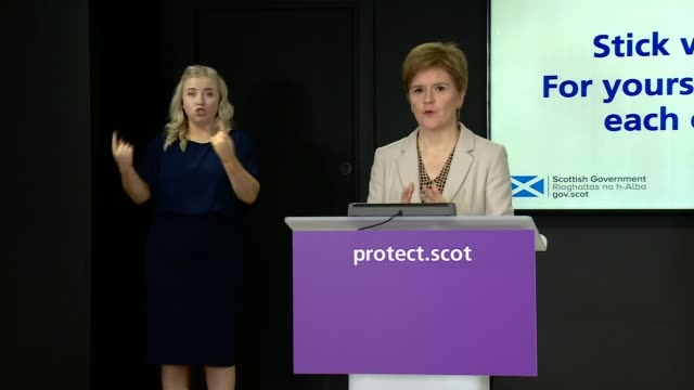 nicola sturgeon press conference october 6th ** 3 of 4 ** scotland edinburgh st andrew's house int nicola sturgeon msp arriving / press conference... - endurance stock videos & royalty-free footage