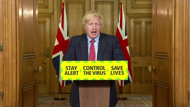 vidéos et rushes de professor neil ferguson says an earlier lockdown would have prevented half of the deaths england london downing street number 10 int boris johnson mp... - nombre 10