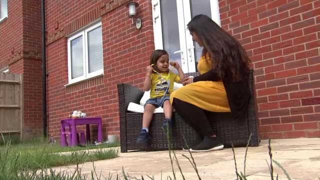 stockvideo's en b-roll-footage met report sheds light on new syndrome affecting children linked to covid19 england ext anay speaking sot **acharya interview partly overlaid sot**... - new not politics